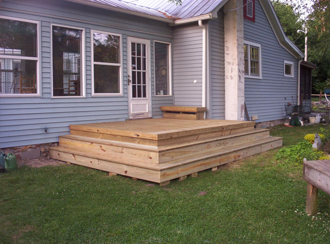Merveilleux Example 4 Custom Build A 8u0027 X 12u0027 Deck With A Small Bench And Steps Wrapped  Around